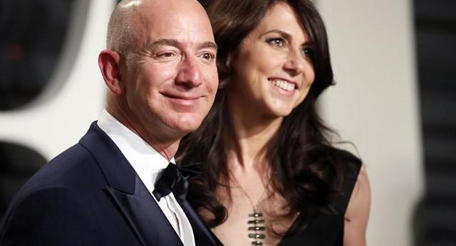Jeff Bezos dạy con tự lập bằng cách cho dùng dao từ khi còn nhỏ: Tôi thà có một đứa trẻ với 9 ngón tay, hơn là một đứa con không biết làm gì - Ảnh 1.