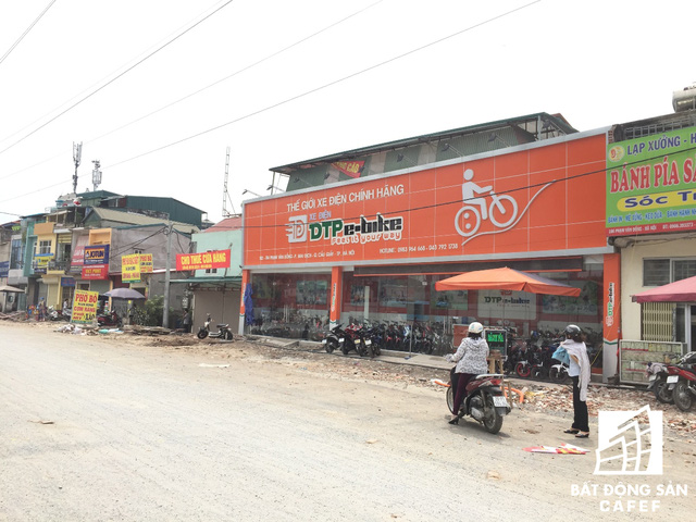 Cận cảnh tuyến đường 5km được mở rộng gấp đôi khiến hàng nghìn người mua nhà khu Tây Bắc Hà Nội mong ngóng - Ảnh 11.
