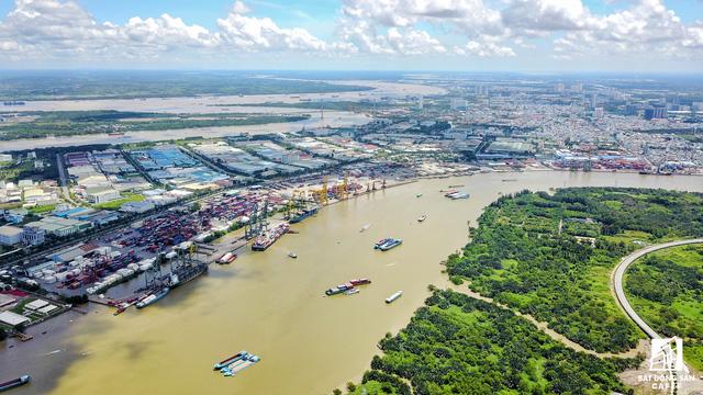 Cận cảnh nhiều khu cảng lớn tại Sài Gòn được di dời nhường đất phát triển đô thị - Ảnh 11.