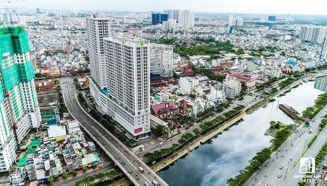Cận cảnh tiến độ loạt dự án có sức hút lớn dọc kênh rạch Sài Gòn - Ảnh 11.