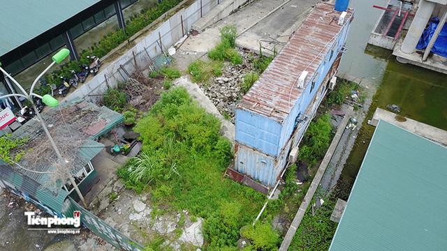 Tháp nghìn tỷ bỏ hoang trên đường vành đai 3 Hà Nội - Ảnh 12.