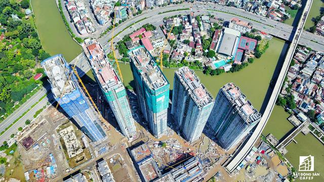 Dự án bất động sản cao cấp lớn thứ 2 của Vingroup tại Sài Gòn đang xây đến đâu? - Ảnh 12.