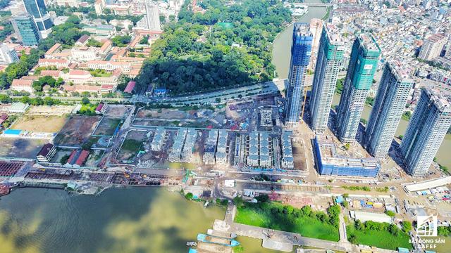 Dự án bất động sản cao cấp lớn thứ 2 của Vingroup tại Sài Gòn đang xây đến đâu? - Ảnh 13.