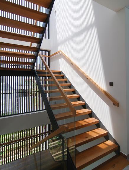 Biệt thự 3 tầng thiết kế độc ở TP. HCM xuất hiện ấn tượng trên báo Mỹ  - Ảnh 14.