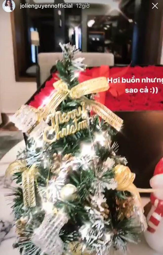 3 tiểu thư Hội con nhà giàu Việt: Người đón Noel ở biệt thự dát vàng, người sắm cả núi đồ hiệu - Ảnh 14.