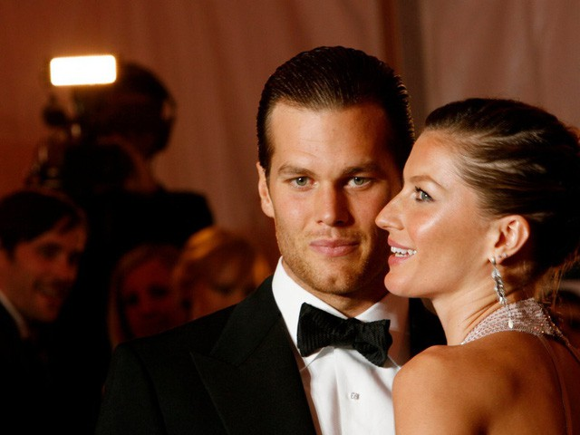 Điều bất ngờ trong lễ cưới của những người nổi tiếng, giàu có nhất thế giới như Bill Gates, Warren Buffett, Beyonce... - Ảnh 14.