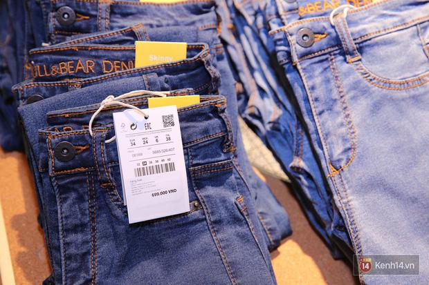Pull&Bear Việt Nam: Giá rẻ hơn Thái Lan, áo phông giá từ 149.000 đồng, quần jeans từ 699.000 đồng - Ảnh 15.