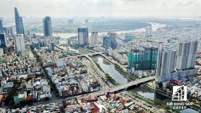 Bến Vân Đồn nhìn từ trên cao, hàng loạt chung cư cao cấp làm thay đổi diện mạo cung đường đắt giá bậc nhất Sài Gòn - Ảnh 15.