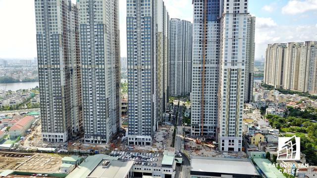 Dự án bất động sản cao cấp lớn thứ 2 của Vingroup tại Sài Gòn đang xây đến đâu? - Ảnh 16.