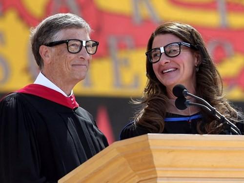 Năm 1995, một bài báo của Seattle Time đã dự đoán rằng có lẽ một ngày nào đó Melinda sẽ trở thành người đứng đầu của Quỹ Gates. Trong 15 năm qua, bà đã trở thành đồng chủ tịch Quỹ Bill and Melinda Gates Foundation – một tổ chức từ thiện tư nhân toàn cầu với số tiền quyên giúp lên tới 40 tỷ USD.