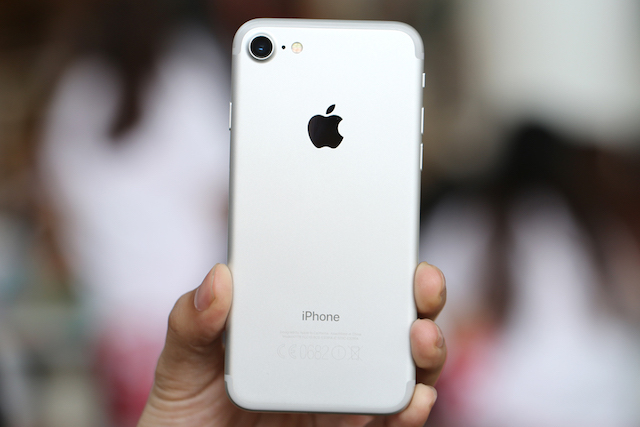 Tuy nhiên iPhone 7 lại không đạt được thành công như 7 Plus