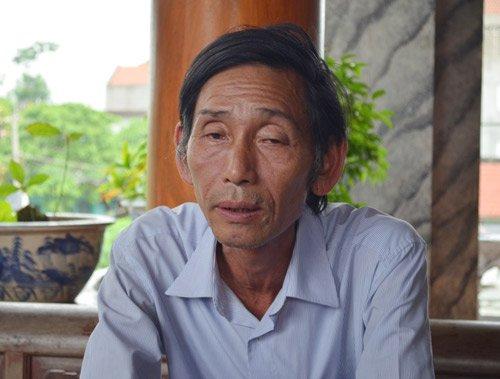 """Ông Trần Văn Ca, người """"thổi hồn"""" cho gần 300 nhà gỗ lim bạc tỷ."""