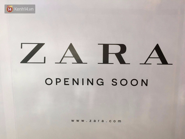 Zara treo biển Opening Soon to đùng ở Vincom Bà Triệu, ngày khai trương đến gần lắm rồi - Ảnh 3.