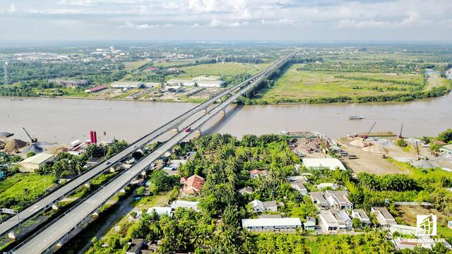 Hệ thống hạ tầng giao thông tại Long An đã thay đổi như thế nào trong 5 năm qua - Ảnh 3.