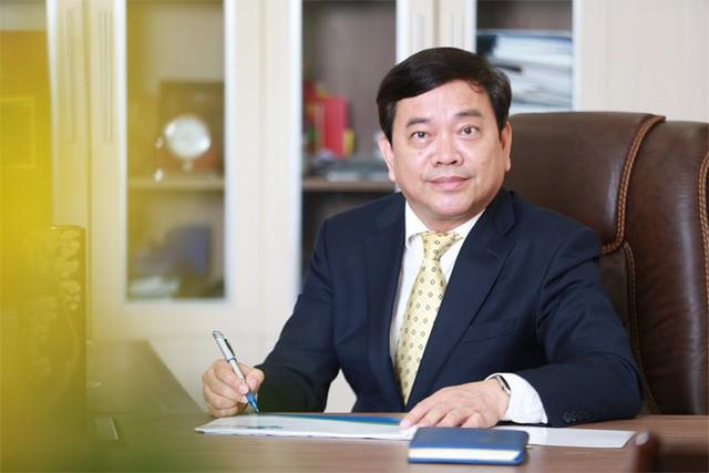 """Hiệu trưởng Đại học Kinh tế Quốc dân: """"Muốn giữ vững vị thế hàng đầu, từng giáo viên của trường phải là đầu tàu của sự thay đổi!"""" - Ảnh 3."""