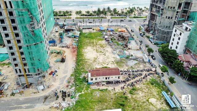 Những dự án condotel tại cung đường đắt giá nhất Đà Nẵng hiện nay ra sao? - Ảnh 21.