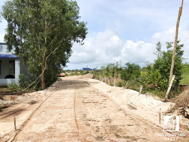 Nhiều dự án khu nghỉ dưỡng tại Phú Quốc lãnh đủ vì các núi rác  - Ảnh 23.