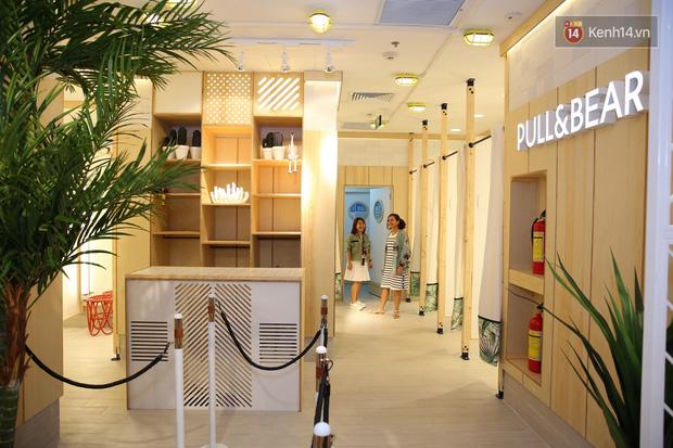 Pull&Bear Việt Nam: Giá rẻ hơn Thái Lan, áo phông giá từ 149.000 đồng, quần jeans từ 699.000 đồng - Ảnh 25.