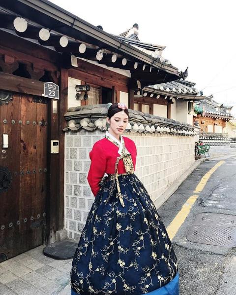 Cuộc sống ngập trong đồ hiệu, du lịch xa xỉ của Jolie Nguyễn - nàng hoa hậu trong hội con nhà giàu - Ảnh 29.