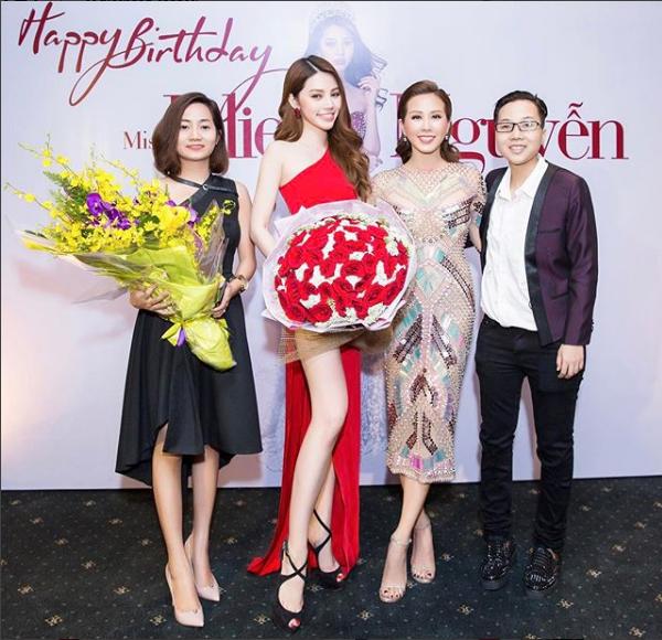 Cuộc sống ngập trong đồ hiệu, du lịch xa xỉ của Jolie Nguyễn - nàng hoa hậu trong hội con nhà giàu - Ảnh 4.