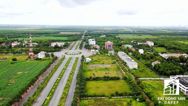 Dự án sân bay Long Thành cứu cánh của đại gia địa ốc Nhơn Trạch? - Ảnh 4.