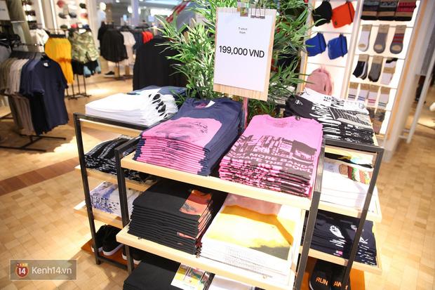 Pull&Bear Việt Nam: Giá rẻ hơn Thái Lan, áo phông giá từ 149.000 đồng, quần jeans từ 699.000 đồng - Ảnh 4.