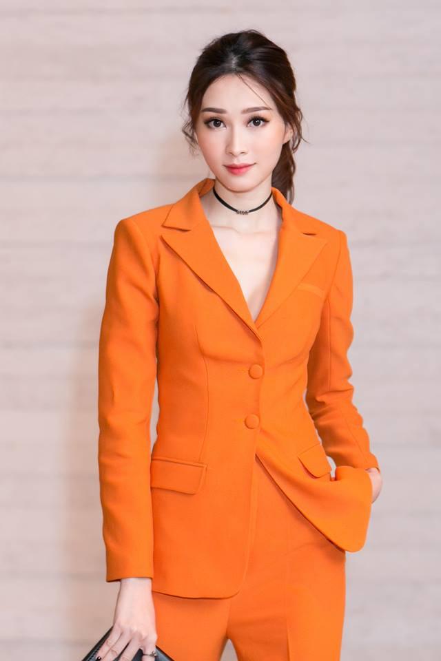 Hoa hậu Đặng Thu Thảo: Từ con gái của người thợ may thành con dâu nhà đại gia bất động sản - Ảnh 4.