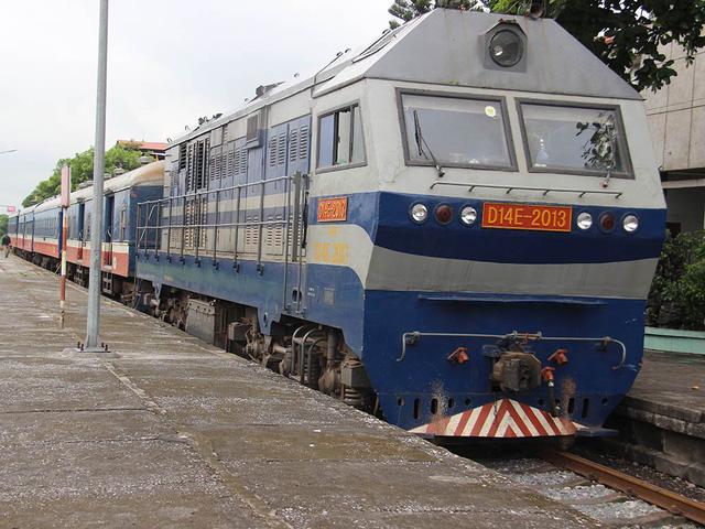 Hiu hắt tuyến các con phố sắt ế nhất Việt Nam - Ảnh 4.