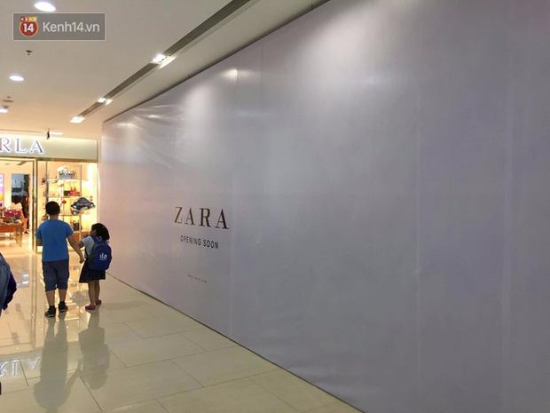Zara treo biển Opening Soon to đùng ở Vincom Bà Triệu, ngày khai trương đến gần lắm rồi - Ảnh 4.