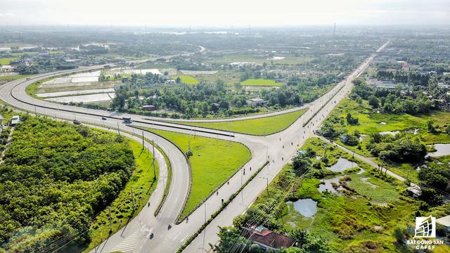 Hệ thống hạ tầng giao thông tại Long An đã thay đổi như thế nào trong 5 năm qua - Ảnh 4.