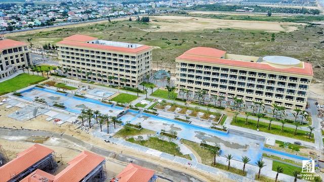 Cận cảnh khu tổ hợp khách sạn nghìn tỷ Sheraton Đà Nẵng nhìn từ trên cao vừa mới đổi chủ - Ảnh 4.