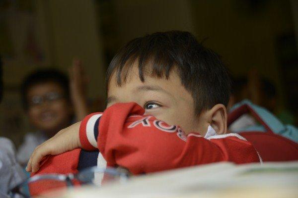 Với nhiều đứa trẻ ở Trung tâm, thời gian đi học chính là khoảng thời gian các em được vui chơi và cả... nghỉ ngơi nữa.