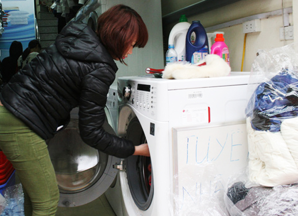 Theo đánh giá của nhiều người thì dịch vụ giặt là tại Hà Nội có mức giá phải chăng.