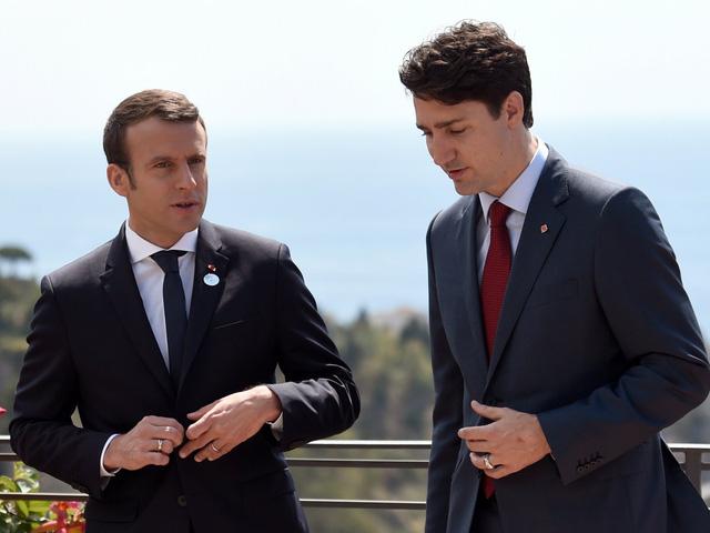 Cộng đồng mạng xôn xao vì những bức ảnh đẹp đến rụng tim của hai vị nguyên thủ tại Hội nghị G7 - Ảnh 5.