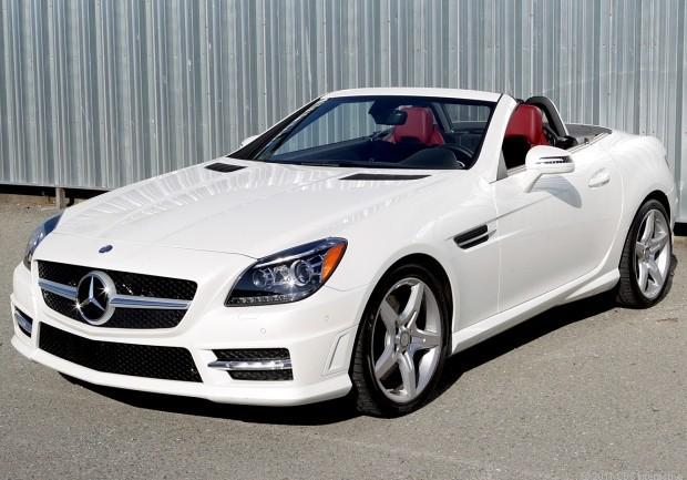 Mui trần Mercedes SLK.
