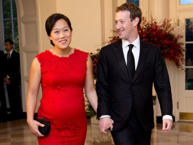 Điều bất ngờ trong lễ cưới của những người nổi tiếng, giàu có nhất thế giới như Bill Gates, Warren Buffett, Beyonce... - Ảnh 5.