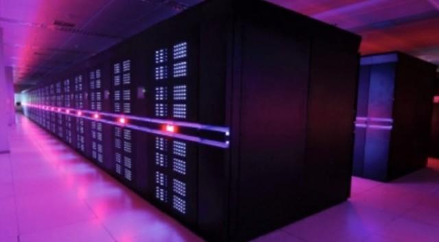Siêu máy tính Thiên Hà 2 cũng của Trung Quốc, đã giữ danh hiệu siêu máy tính nhanh nhất thế giới cho tới khi Thái Hồ Quang 2 xuất hiện.