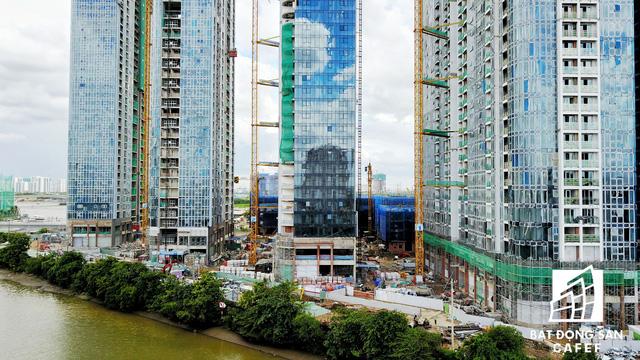 Dự án bất động sản cao cấp lớn thứ 2 của Vingroup tại Sài Gòn đang xây đến đâu? - Ảnh 7.