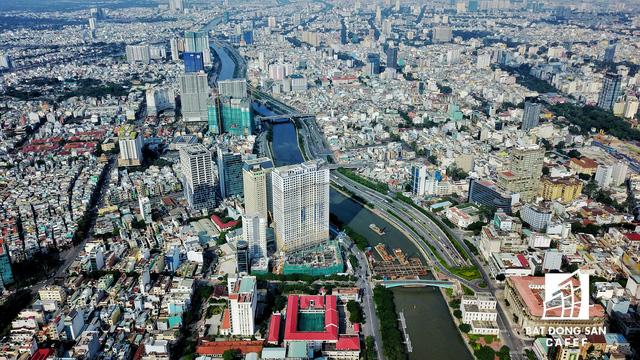 Bến Vân Đồn nhìn từ trên cao, hàng loạt chung cư cao cấp làm thay đổi diện mạo cung đường đắt giá bậc nhất Sài Gòn - Ảnh 8.