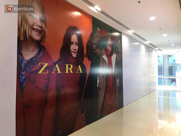 Zara treo biển Opening Soon to đùng ở Vincom Bà Triệu, ngày khai trương đến gần lắm rồi - Ảnh 8.