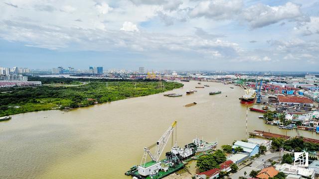 Cận cảnh nhiều khu cảng lớn tại Sài Gòn được di dời nhường đất phát triển đô thị - Ảnh 8.