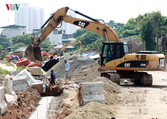 Ảnh: Con đường hơn nghìn tỷ ở Hà Nội 15 năm chưa làm xong  - Ảnh 9.