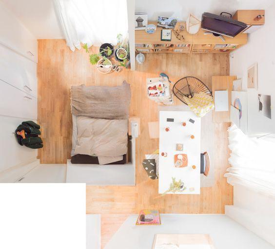 Phòng ngủ đưa vào trong, dành không gian bên ngoài cho phòng khách, nơi làm việc, đây là mẫu căn hộ khá lý tưởng cho cả người độc thân lẫn vợ chồng trẻ.