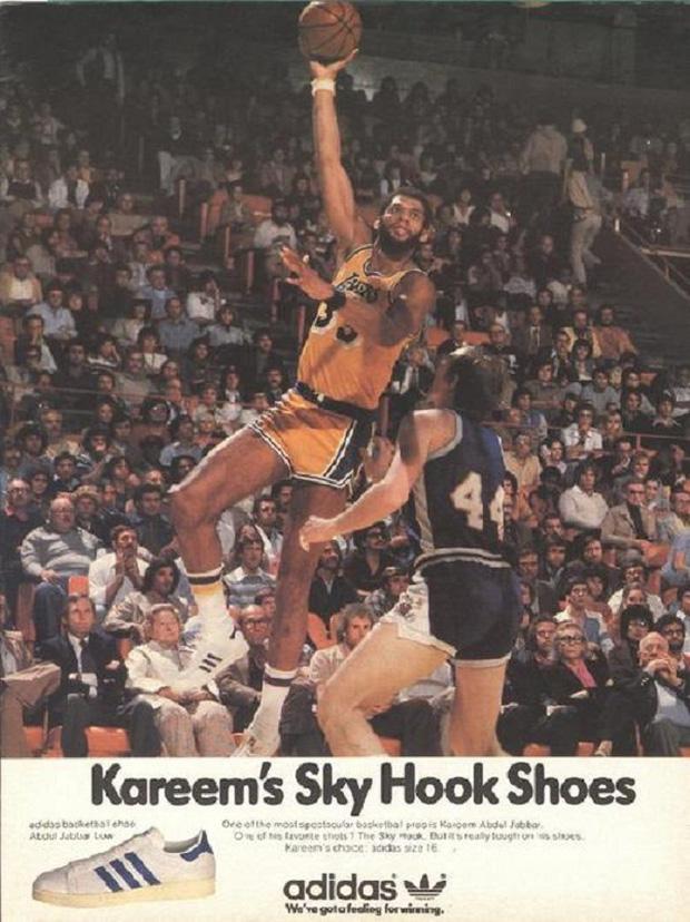 Siêu sao bóng rổ Kareem và adidas Superstar