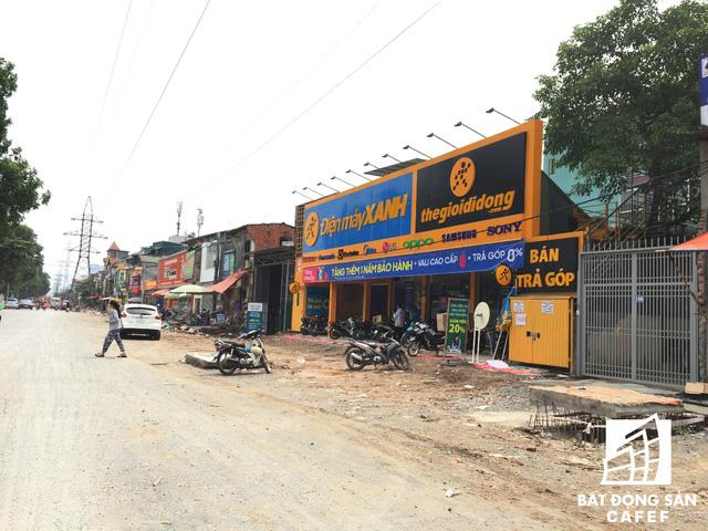 Cận cảnh tuyến đường 5km được mở rộng gấp đôi khiến hàng nghìn người mua nhà khu Tây Bắc Hà Nội mong ngóng - Ảnh 10.