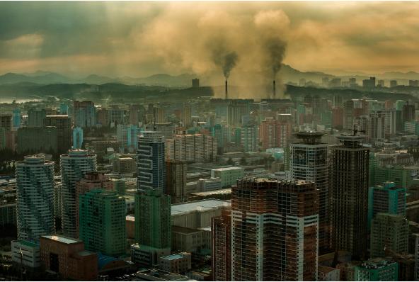 Toàn cảnh thành phố Bình Nhưỡng nhìn từ khách sạn quốc tế Yanggakdo