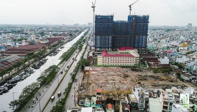 Cận cảnh tiến độ loạt dự án có sức hút lớn dọc kênh rạch Sài Gòn - Ảnh 10.