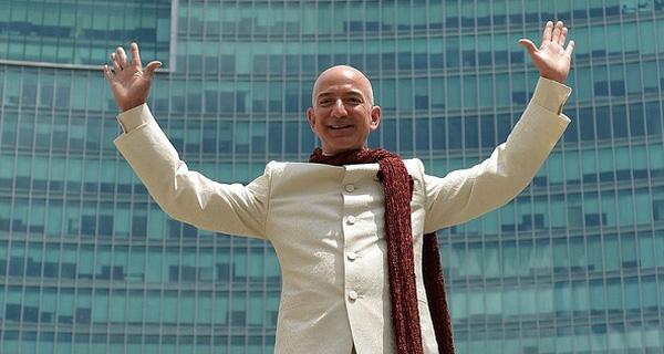 Sự khác biệt của tỷ phú từng chiếm ngôi giàu nhất địa cầu của Bill Gates có những CEO khác là gì? - Ảnh 1.