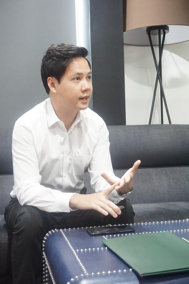 CEO 8X Nguyễn Trung Tín: Kinh doanh mà hỏi ý kiến từ bạn bè là sai lầm, chỉ có khách hàng sẵn sàng chửi thẳng vào mặt mới khiến ta làm tốt hơn - Ảnh 1.