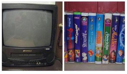 Ngày xưa nhà ai có quả TV lồi với chồng băng, đĩa như này thì chắc được bố mẹ chiều lắm.